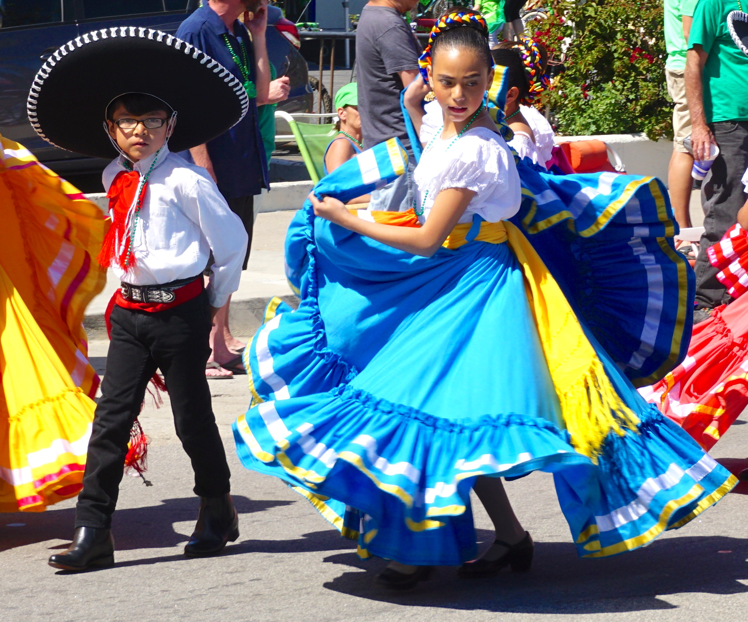 Mexican Folklorico Dancers Stpats Hermosa California 2016